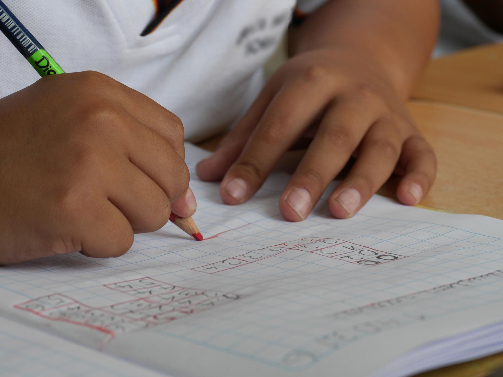 Perito grafologo: educazione alla scrittura